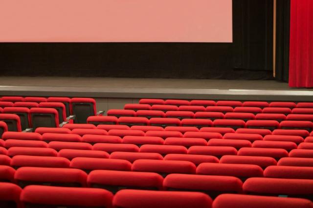 BTSの映画チケットの買い方と特典(グッズ)情報!前売り券をネットやコンビニで購入する方法を解説。上映期間や場所も!